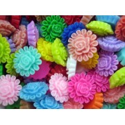 13.5mm Flat Back Resin Cabochon -  BLOOMING FLOWER